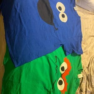Tops - Cookie Monster and Oscar the grouch